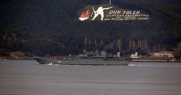 Çanakkale Boğazı'ndan geçen Rus savaş gemisi: 'Novocherkassk'
