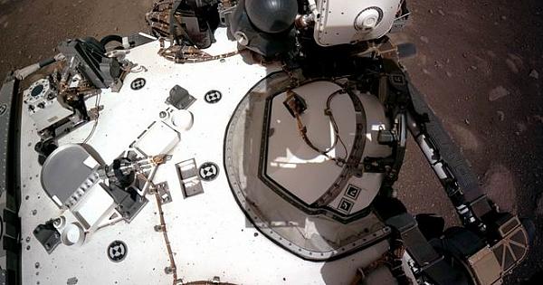 NASA, Perseverance'nin Mars'a iniş görüntülerini paylaştı