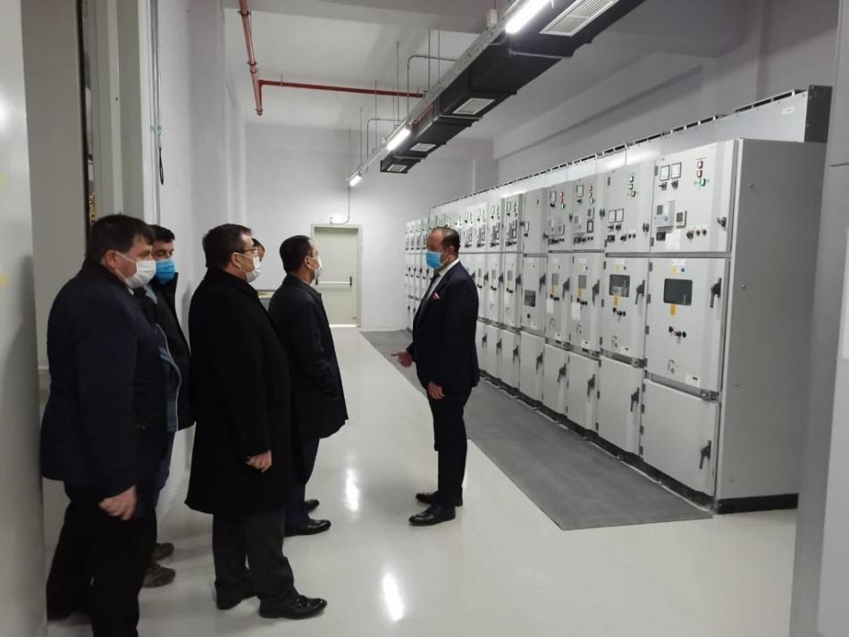 2020/11/1606290555_vali-ilhami-aktas-jeotermal-enerji-santrallerini-yerinde-inceledi-_5_.jpeg