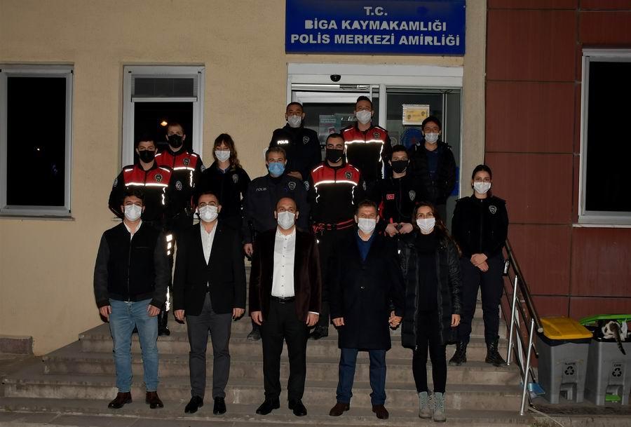 2021/01/1609575824_kaymakam_can_ve_baskan_erdogan,_Calisanlari_yalniz_birakmadi_(10).jpg