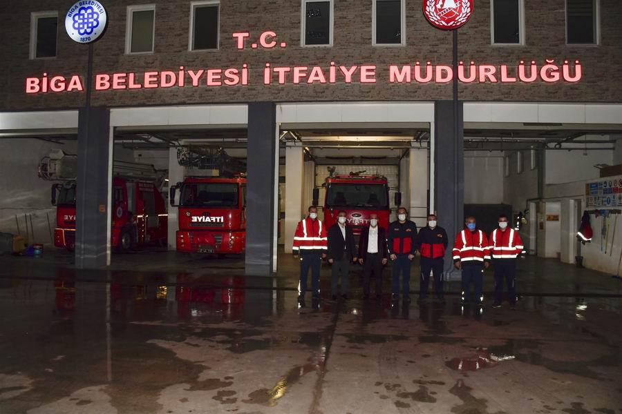 2021/01/1609575824_kaymakam_can_ve_baskan_erdogan,_Calisanlari_yalniz_birakmadi_(12).jpg