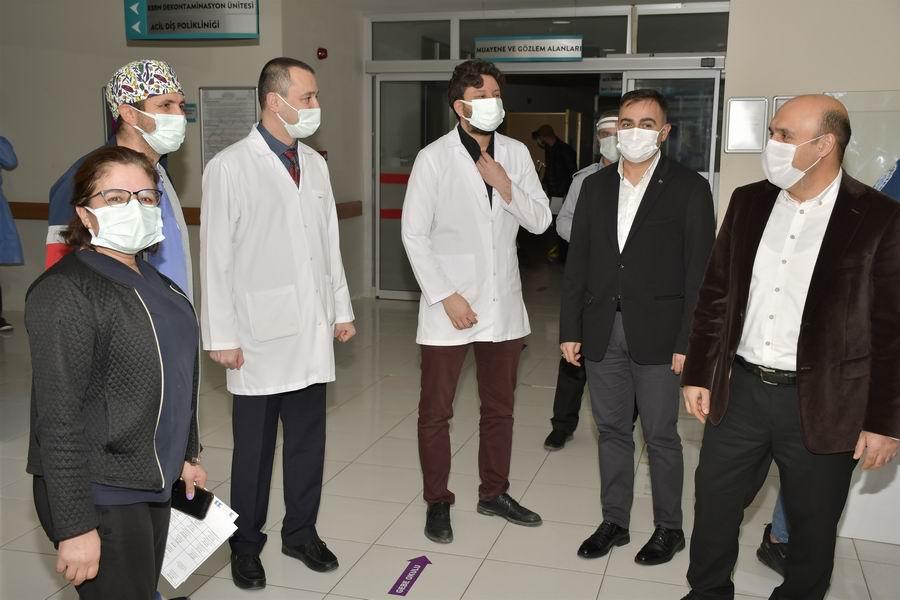 2021/01/1609575824_kaymakam_can_ve_baskan_erdogan,_Calisanlari_yalniz_birakmadi_(5).jpg