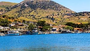 Dünyanın tek sakin adasında taş ocağı tedirginliği
