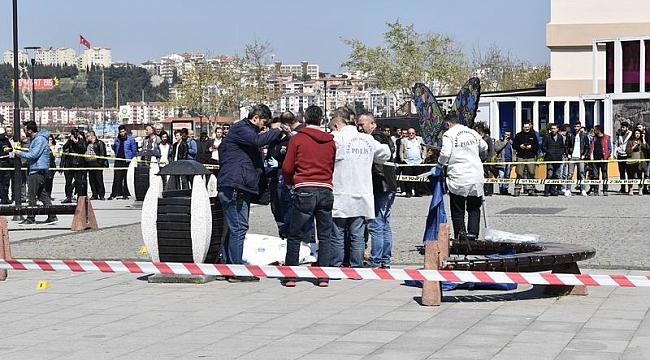İskele Meydanı'nda korkunç cinayet