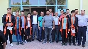 Umurbey'de öğrencilerin mezuniyet coşkusu