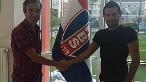 Hastanebayırıspor'da Kurt imzaladı