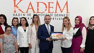 AK Partili Vekillerden KADEM'e ziyaret