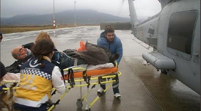 Gökçeada'dan helikopterle hastaneye getirildi