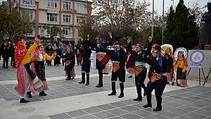 Cumhuriyet Meydanı'nda 3 Aralık kutlandı