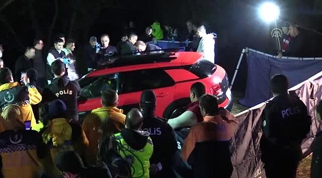 Araçtan 3 cansız beden çıktı