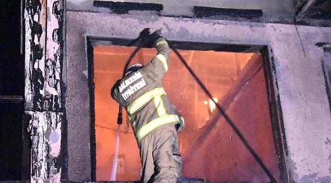 Assos'ta korkutan otel yangını