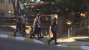 Üç şahıs tutuklandı