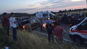 Ayvacık'ta trafik kazası; 1 ölü, 7 yaralı