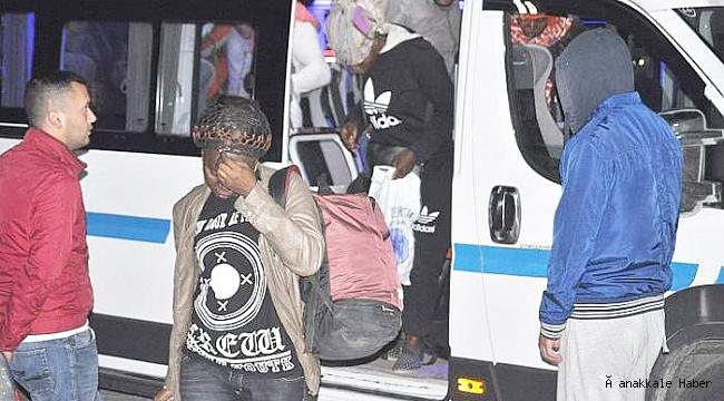Minibüste 37 kaçak göçmen yakalandı