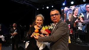Kepez'de Suzan Kardeş konseri
