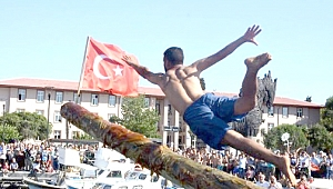 Yat Limanı'nda eğlendiren yarışma