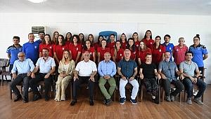 Çanakkale Belediyespor'dan imza töreni