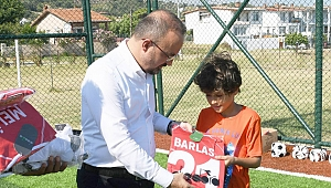 Turan'dan genç sporculara hediye