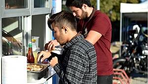 Çanakkale Belediyesi'nden öğrencilere çorba ikramı
