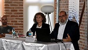 Ece Ayhan Kültür Evi'nde panel