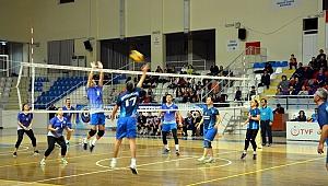 ÇTSO Voleybol Turnuvası'nda heyecan sürüyor