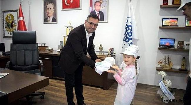 Öğrencilerden Başkan Erdoğan'a anlamlı ziyaret