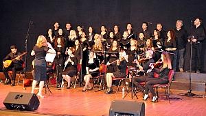 Öğretmenlerden muhteşem konser ve sergi