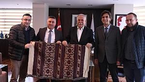 Başkan Bayram'dan Gökhan'a ziyaret