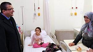 Başkan Bülent Öz'den hastane ziyareti