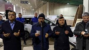 Başkan Öz hemşehrilerini Umre'ye uğurladı