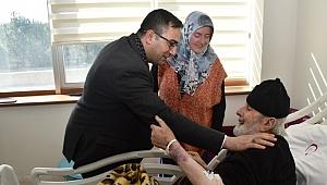 Başkan Erdoğan, hastalara moral verdi