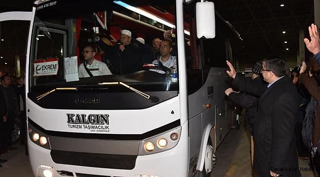 Başkan Öz, hemşehrilerini Umre'ye uğurladı