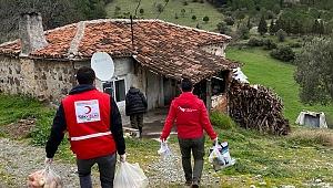 Genç Kızılay gönüllülerinden yardım eli…