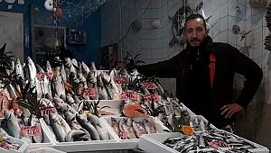 Balık satışlarına 'koronavirüs' darbesi