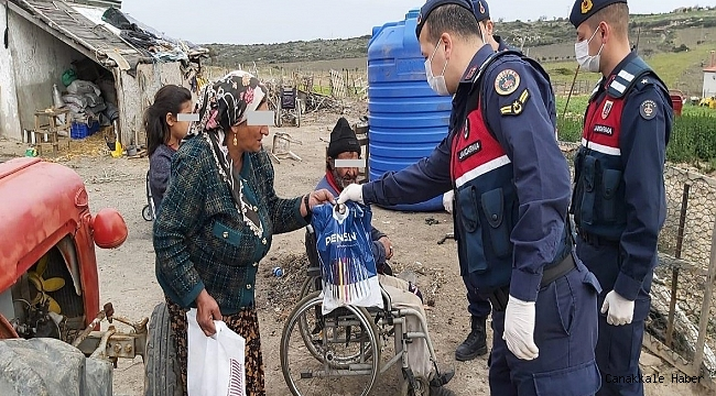Bozcaada'da Vefa Grubu vatandaşların yanında…