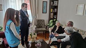 Vali Tavlı'dan annelere sürpriz ziyaret