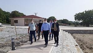 Yeniköy Plajı'ndaki çalışmaları inceledi