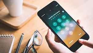 Telefonlara tuş kilidi veya şifre koymak güvenli değil
