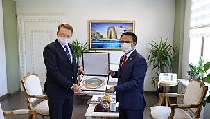 Avustralya Ankara Büyükelçisi'nden Vali Aktaş'a ziyaret