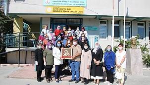 """İskenderoğlu; """"Ülkemizde herkes maske siperlik üretimlerine destek verdi"""""""