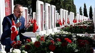"""Turan; """"Destanlara namzet zaferler görmek isteyenin yönü Çanakkale'ye bakar"""""""