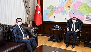 Vali Aktaş, Balıkesir Valisi Şıldak'ı ziyaret etti