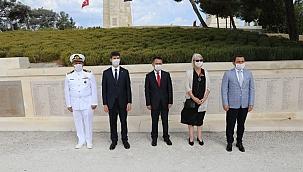 Vali Aktaş, Yeni Zelanda Anıtı'nda Çelenk Koyma Törenine katıldı