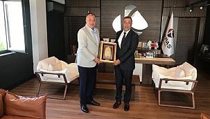 Başkan Semizoğlu'ndan meclis üyesi Şakir Kutluay'a ziyaret