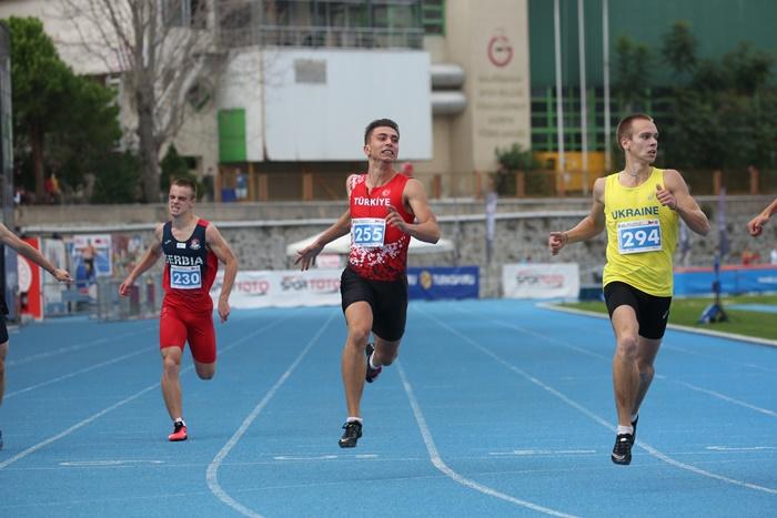 Çanakkaleli Milli atlet Oğuz, Balkan şampiyonasına damga vurdu