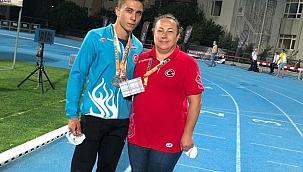 Milli Atletimiz Oğuz Uyar'dan 3 Madalya