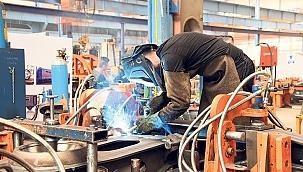 Sanayi üretimi yıllık %4,4 arttı