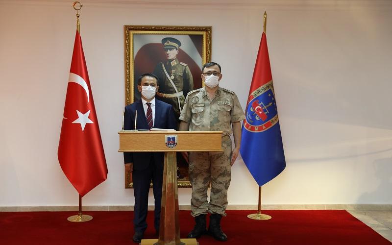 Vali Aktaş, 116. Jandarma Eğitim Alay Komutanlığını ziyaret etti