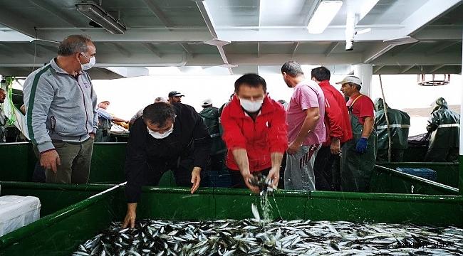 Vali Aktaş balık avına katıldı