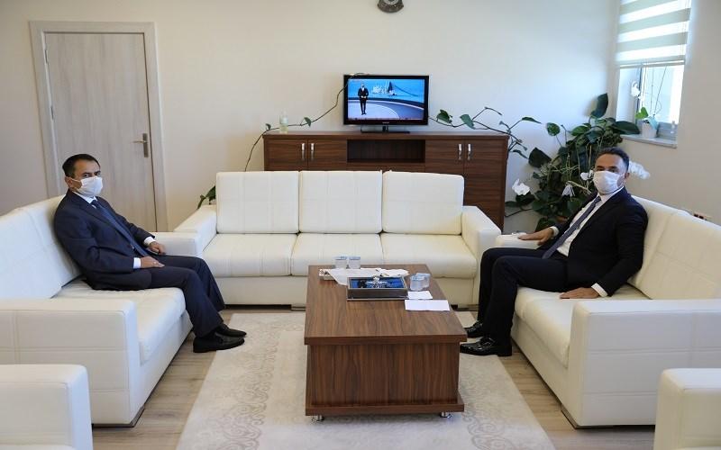 Vali Aktaş'tan, Cumhuriyet Başsavcısı Ömer Karişit'e ziyaret